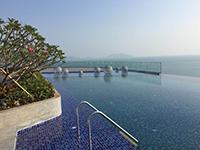 Now This Is Where I Wanna Spend My Summer!-rooftop infinity pool, infinity pool design, pool tile supplier, pool mosaics