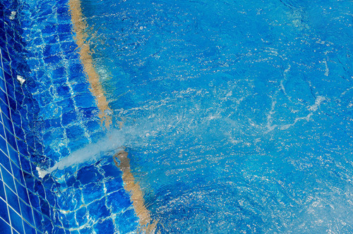 pool water circulation.jpg
