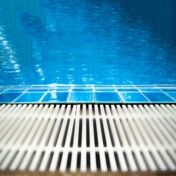 How to Drain and Refill the In-ground Swimming Pool ...